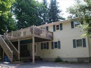 * 117678 - Pocono Lake vacation rentals