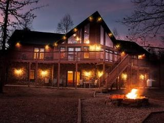 Alpine River Escape - Helen vacation rentals