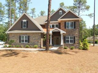 Best in Pinehurst, new construction, sleeps 12 - Pinehurst vacation rentals