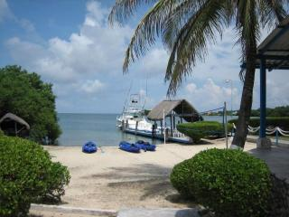 Beautiful 6 Cabins Island on the Rosario Islands - Cartagena vacation rentals