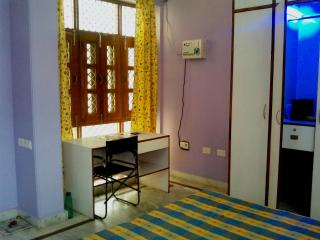 Fully Furnished 2BHK Serviced Apartment for 4 guests in Lucknow India - Uttar Pradesh vacation rentals