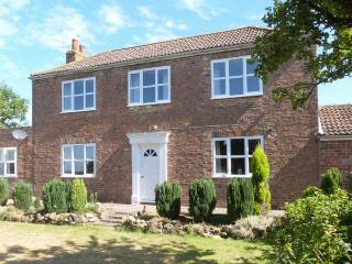 MILL FARM family friendly, en-suite bathrooms, open fire in Pocklington Ref 24515 - Pocklington vacation rentals