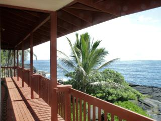 Sixty feet from the Pacific! - Pahoa vacation rentals