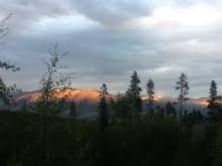 Sunset view from deck - Comfy 2 Bedroom Condo Near Year-Round Outdoor Activities and Shopping - Silverthorne - rentals