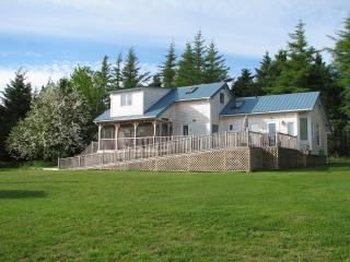 Bruce Point Cottage - Cardigan vacation rentals