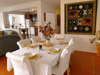 Bay View House, Funchal - *Free WIFI* - Funchal vacation rentals
