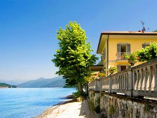 Luxury Italian Style villa by the lake of Como - Lezzeno vacation rentals
