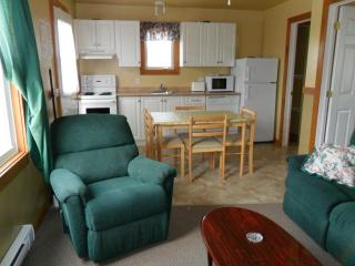 Cavendish PEI Area  - 1 Bedrm Dlx Pet Friendly (8) - Prince Edward Island vacation rentals
