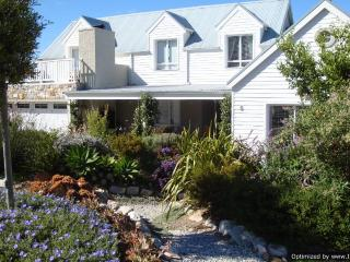 Cape Cod @ Hermanus self-catering holiday home - Overberg vacation rentals