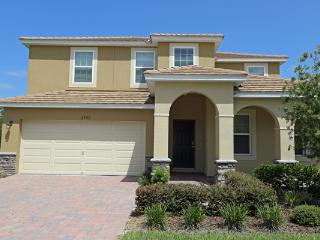 CALABRIA -5 Bedroom/4.5 bath- Luxurious MFLifestyle! 2 Story Single Family Home, with game room and pool sleeps 10 - Kissimmee vacation rentals