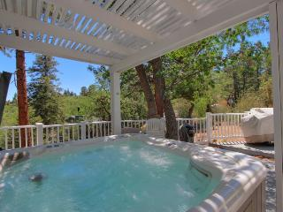 Ridge Top Retreat - Spa! Ping Pong! Pool Table! - Big Bear Lake vacation rentals