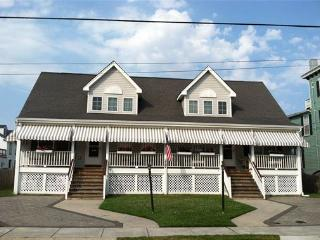 The Cape May Beach House: Grant  East Side-walk to beach & town - New Jersey vacation rentals