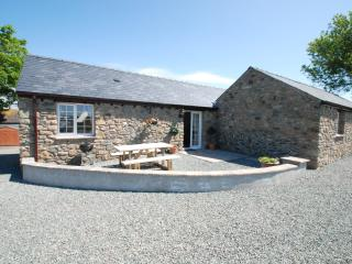 The Stables, Luxury cottage in central Anglesey. - Island of Anglesey vacation rentals