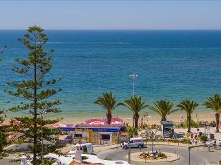 ONE BEDROOM APARTMENT SEA VIEW FOR 4 ADULTS 50M FROM THE BEACH IN OURA - ALBUFEIRA - REF. GB114314 - Albufeira vacation rentals