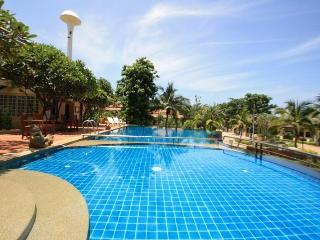 Elegant Villa Close to Town and Beach - Hua Hin vacation rentals