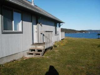#57 Mud Bay - Open Sunny Mud Bay Waterfront Home - Lopez Island vacation rentals