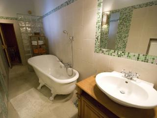 CR112eBUD - Spacious 2BR Andrássy Avenue Apartment at the Opera  /w Sauna and Parking - Hungary vacation rentals