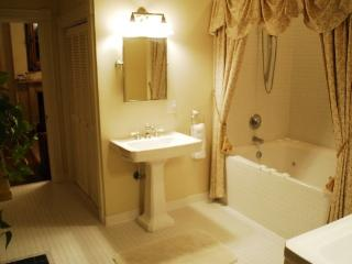 WIshing Oak Bridal Suite - Norfolk vacation rentals