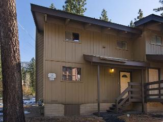 Beautifully updated condo on Ski Run Boulevard - South Lake Tahoe vacation rentals