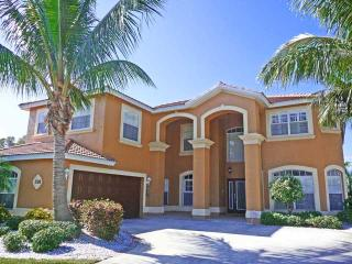 Luxury Direct Access Pool/Spa Estate Size Home - Cape Coral vacation rentals
