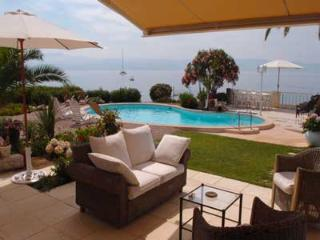 Luxury villa & pool for 6 Gulf of Ajaccio Corsica - Ajaccio vacation rentals