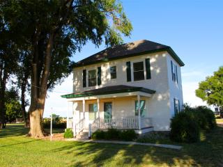 Peaceful country guest home - Kansas vacation rentals