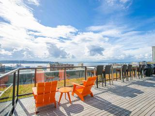 Live like a Seattle Local - Walk to Pike Place! - Seattle Metro Area vacation rentals