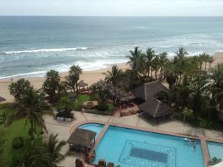 Ocean Front Condo & Private Beach / Pool / Tennis - Mazatlan vacation rentals