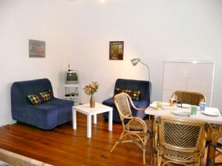 Vacation Apartment in Berlin - 463 sqft, comfortable, quiet, bright (# 4157) - Berlin vacation rentals