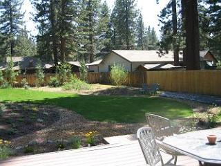 V23 - The Macinaw Cabin - South Tahoe vacation rentals