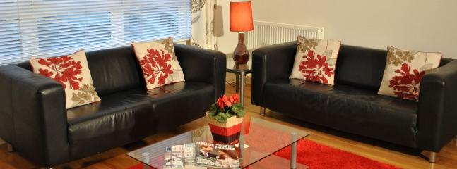 Beautiful 1 bed apt @ Tollcross, City Centre - London vacation rentals