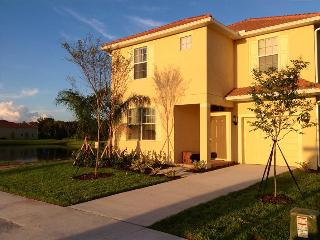 PP6FDFD2999 - THIS IS IT it!!! Incomparable 6 Bedroom Elegant Resort Villa with private pool & spa Lake front and Loft - Paradis - Kissimmee vacation rentals