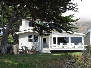 The Beach House - On Cayucos Beach - Cayucos vacation rentals