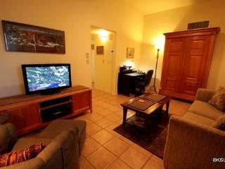 Tucson Retreat, Beautiful, Quiet, Centrally Located, Two Bedroom Guest House - Tucson vacation rentals