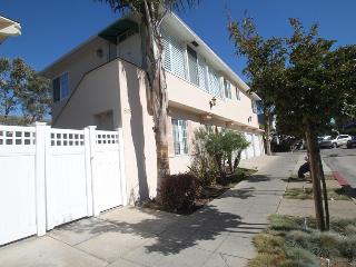 1 Bedroom Apt. in heart of Village - walk to shops - La Jolla vacation rentals
