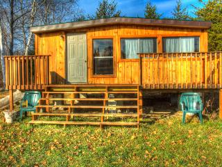 Northern Ontario - Rustic Cabin - Field vacation rentals