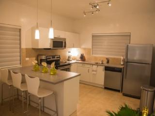 Gold Coast Condo - Malmok Beach vacation rentals