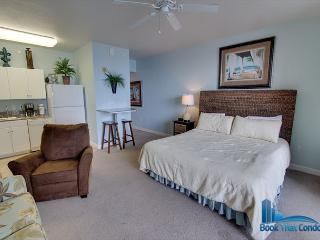 Shores of Panama 1405-Beautiful Studio-Gulf Front-REDUCED for late summer! - Panama City Beach vacation rentals