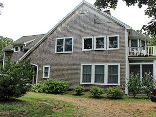 1658 - Beautiful Four Bedroom Home with Central Air Conditioning - Oak Bluffs vacation rentals