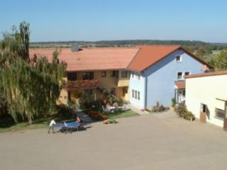 Vacation Apartment in Creglingen - 710 sqft, quiet, idyllic, comfortable (# 4179) - Creglingen vacation rentals