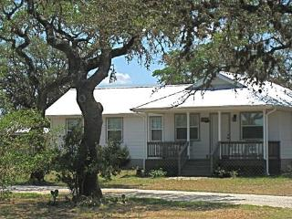 The Cottage at West 1077 - Bandera vacation rentals