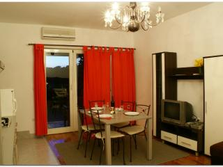 2  bedroom apartment next to the beach - Primosten vacation rentals