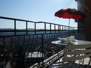 best views Veliko Tarnovo - 2-bedrooms, sleeps 6 - Veliko Tarnovo vacation rentals