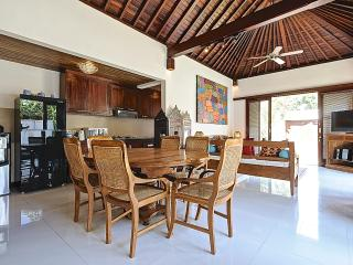 Quiet and Peaceful 3 bedroom Villa with Garden and Pool and a short walk to the Beach. - Sanur vacation rentals