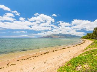 Waiohuli Beach Hale 201 Remodeled 2/2 Oceanfront Condo Sleeps 4 - Kihei vacation rentals