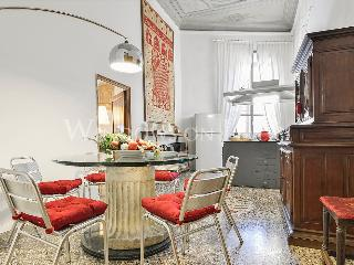 Elizabeth - Windows on Italy - Florence vacation rentals