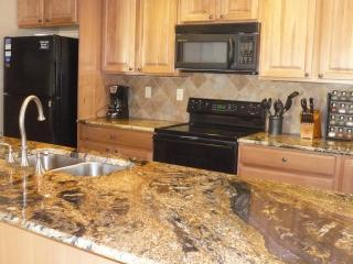 Our luxury Kitchen with all the extras. - Peak 9, Upscale Luxury Condo, Steps to lift & Town - Breckenridge - rentals