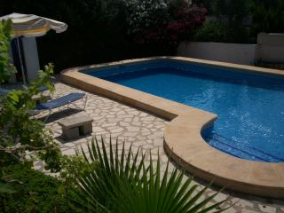 8-berth villa, private pool and free GB TV + Wifi - Moraira vacation rentals