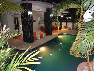 Jomtien Beach House with private pool - Pattaya vacation rentals