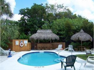 Stay on Siesta, Siesta Key Beach Place Cottages - Siesta Key vacation rentals